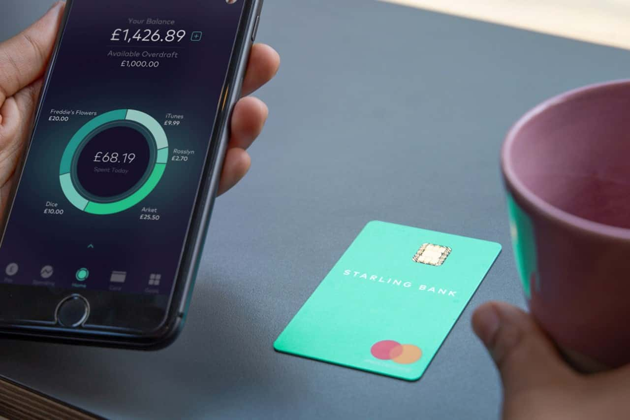 Starling bank card and app